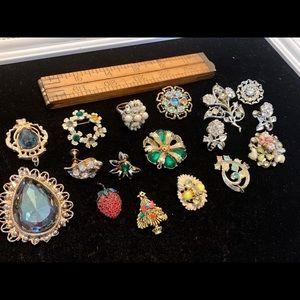 Damaged vintage jewelry rhinestones upcycle crafts